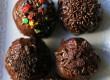 طرز تهیه توپک های بیسکویتی با سس شکلات